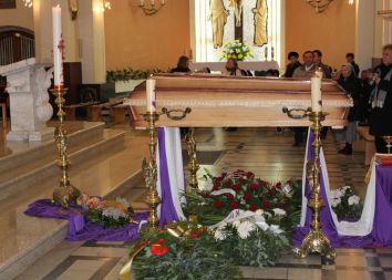 Trzebinia: Pogrzeb ks. prof. Tadeusza Stycznia SDS 2010
