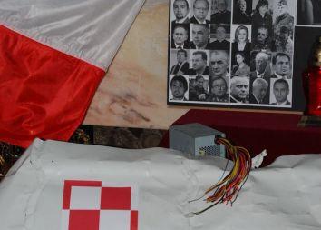 Oborniki Śląskie: Msza za ofiary katastrofy smoleńskiej 2011