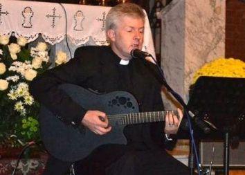 Wrocław: IV ZADUSZKI JEŹDZIECKIE w kościele garnizonowym 2011